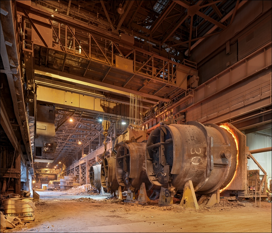 ArcelorMittal Cleveland, ladle storage in the steel mill