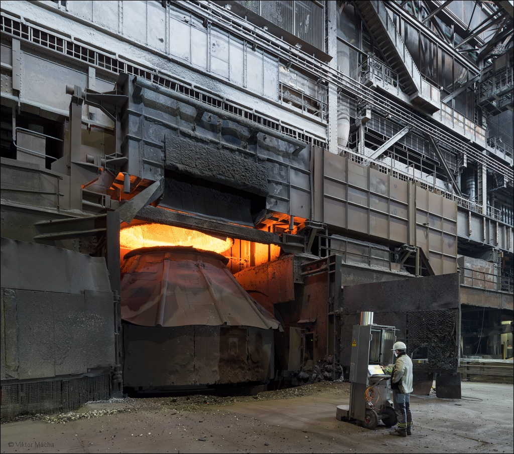 ArcelorMittal Ruhrort, by the 140 tonnes converter