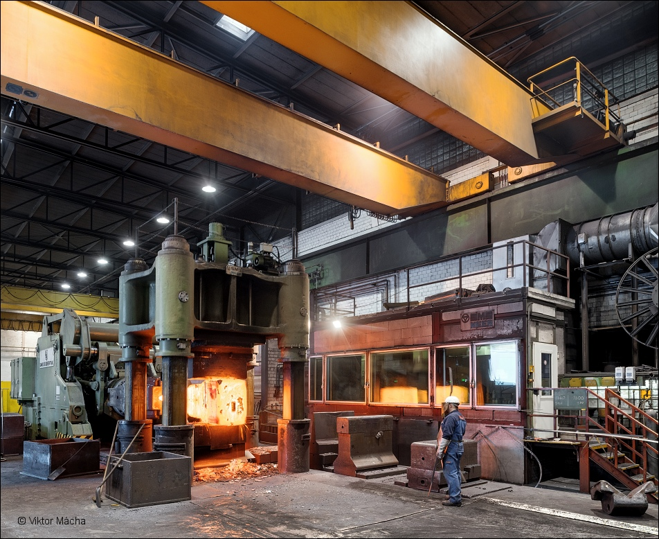 Dirostahl, 4000 ton forging press
