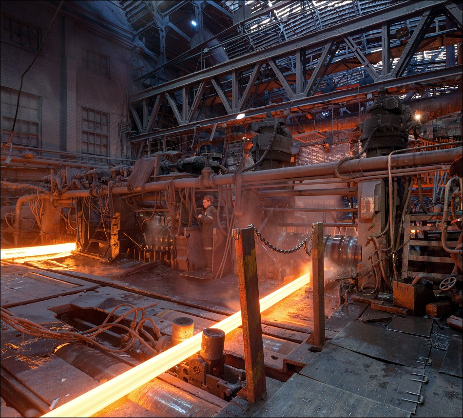 Evraz DMZ Petrovskogo, heavy-section rolling mill