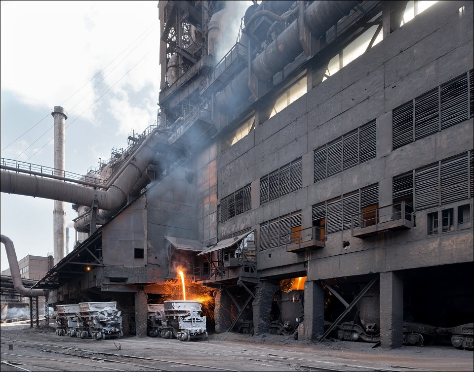 Evraz DMZ Petrovskogo, under the blast furnace