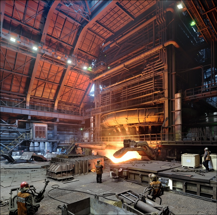 Evraz NTMK, tapping the blast furnace no.6