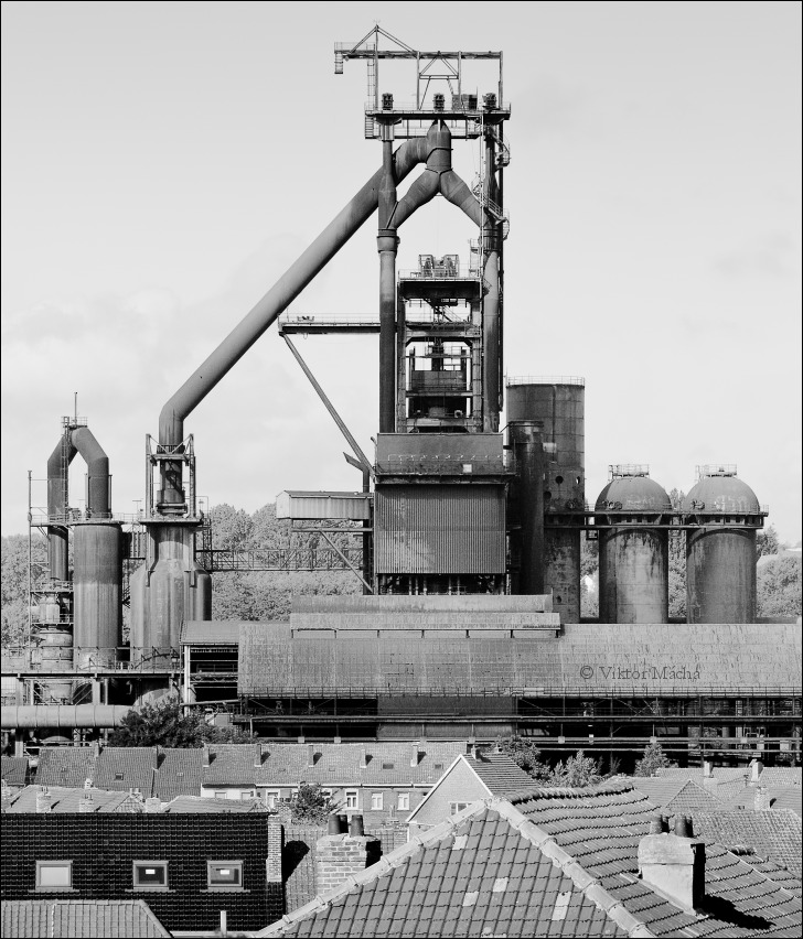 Forges de Clabecq, Tubize with overhelming blast furnace no.6