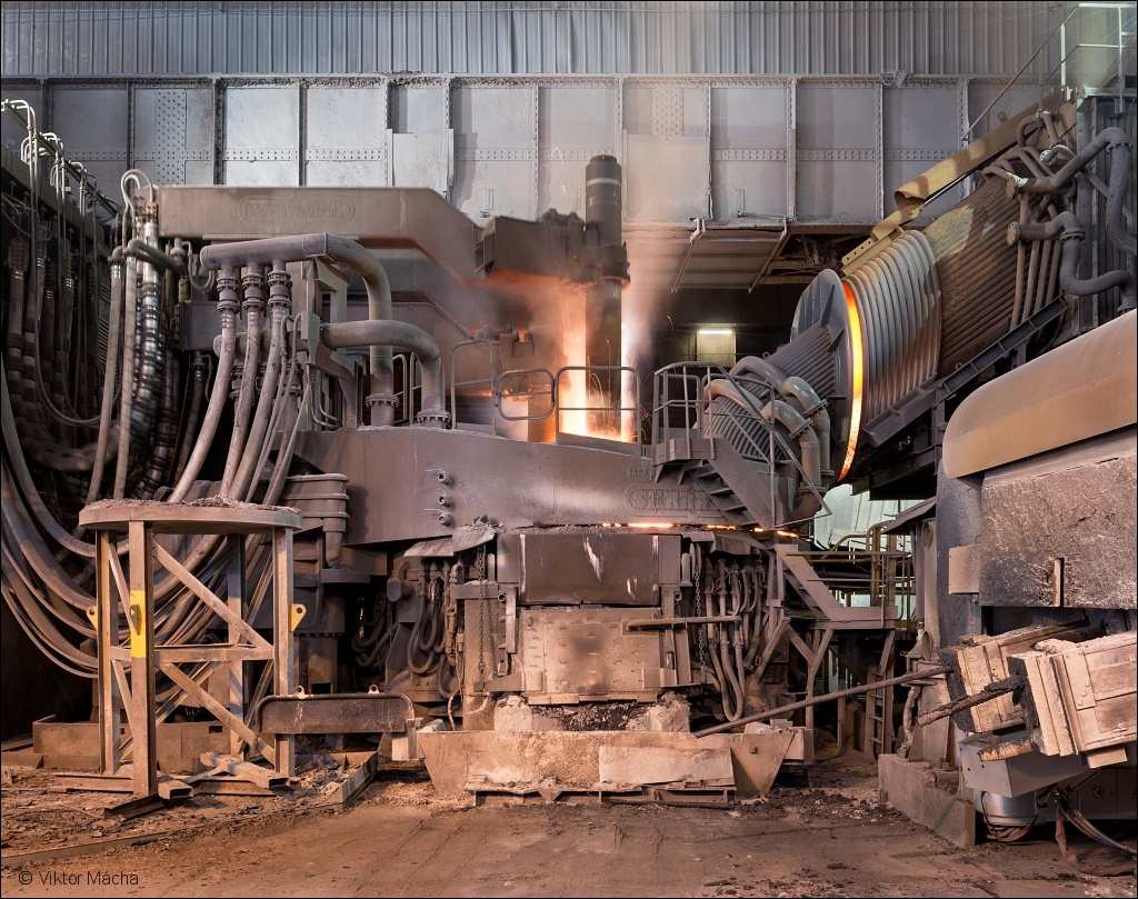 Industeel Le Creusot, 100 t electric arc furnace