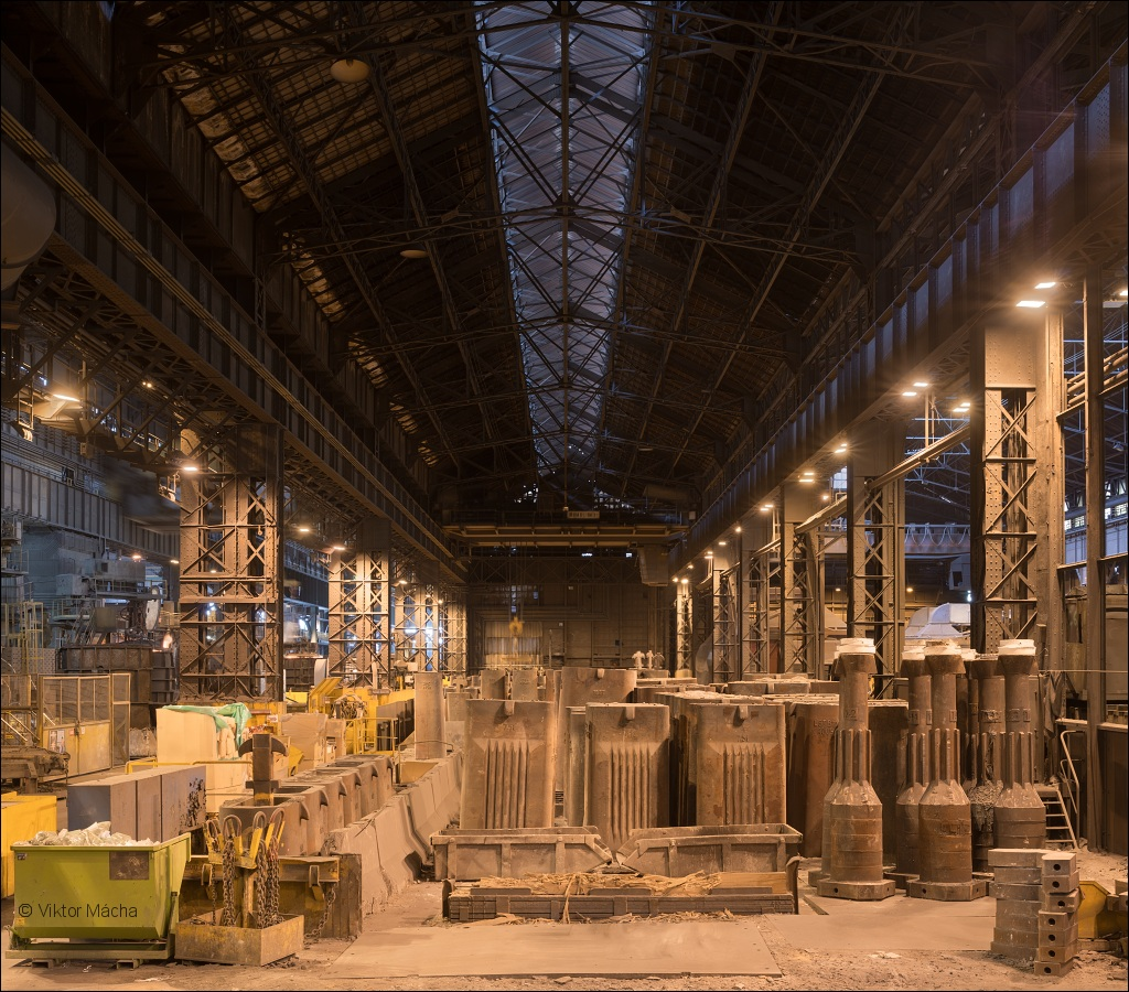 Industeel Le Creusot, casting bay at the steel mill