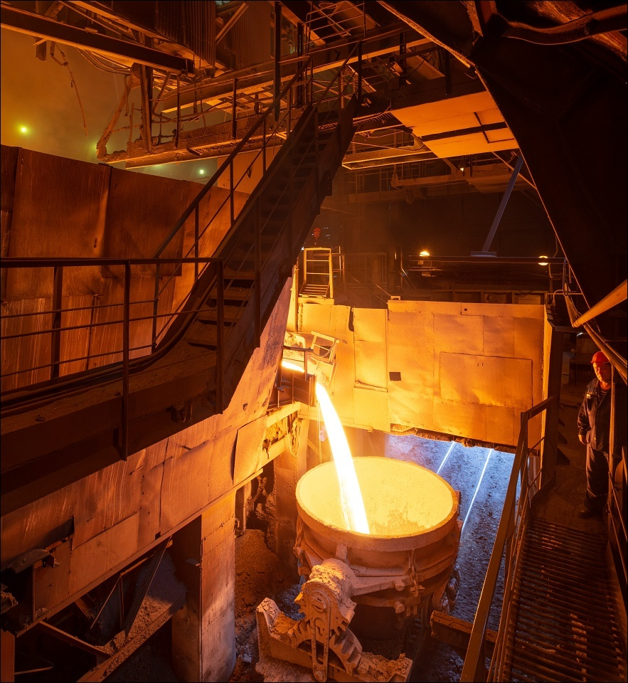 Mechel Chelyabinsk (ChMK), filling the slag pots