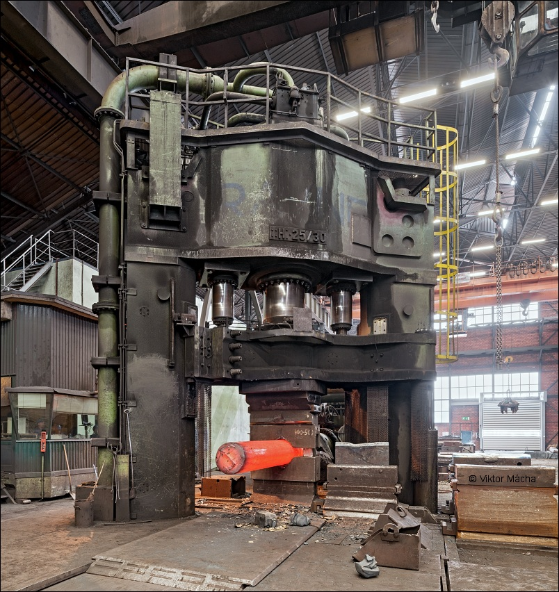 Metal Ravne, open-die forging