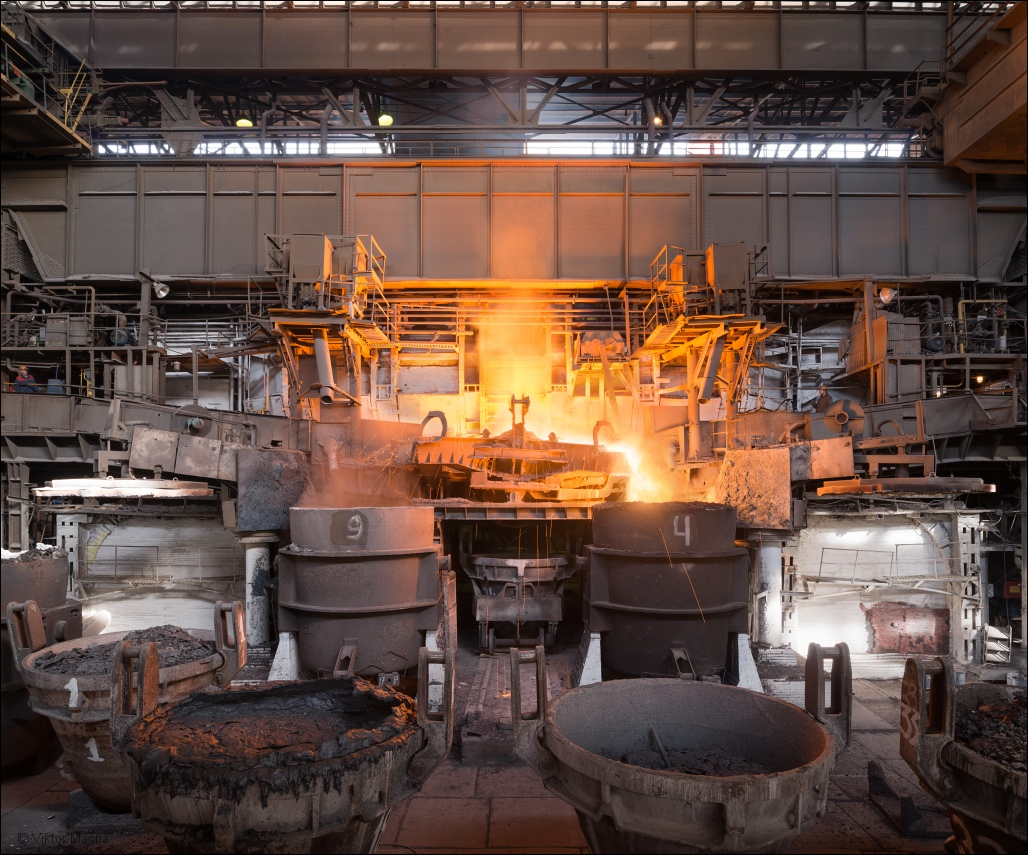 OMK Vyksa Steel, tapping the siemens-martin furnace