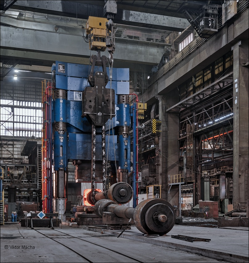 Pilsen Steel, 120 MN forging press