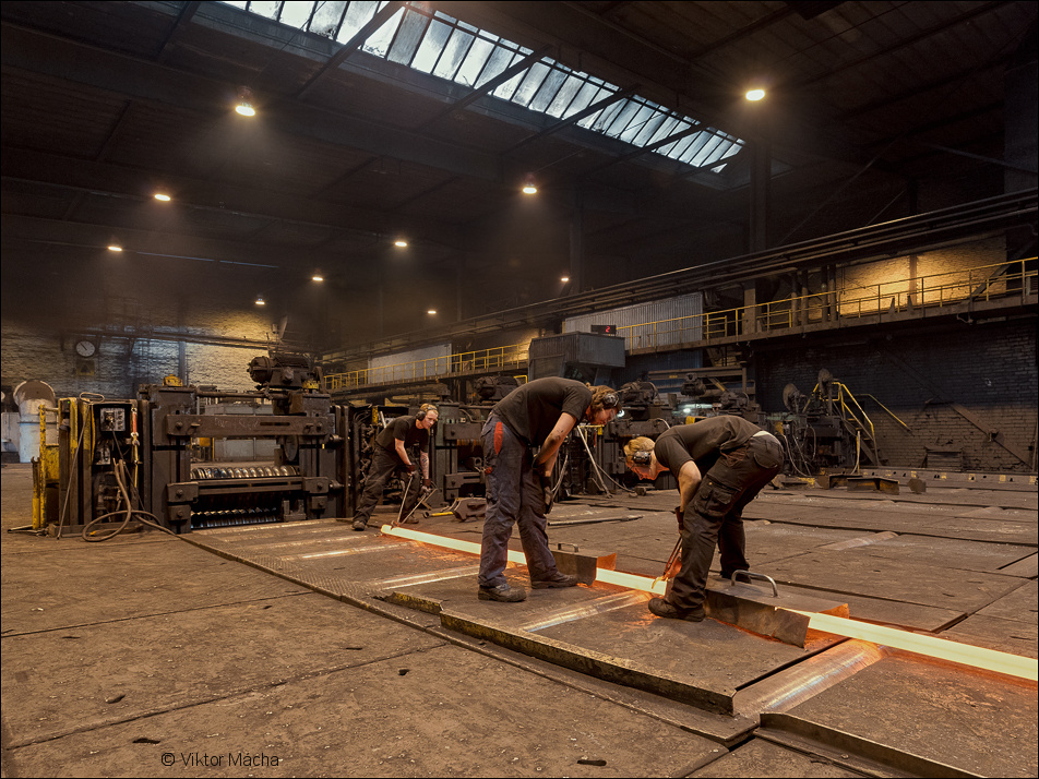 Scana Steel, measuring the rolled section