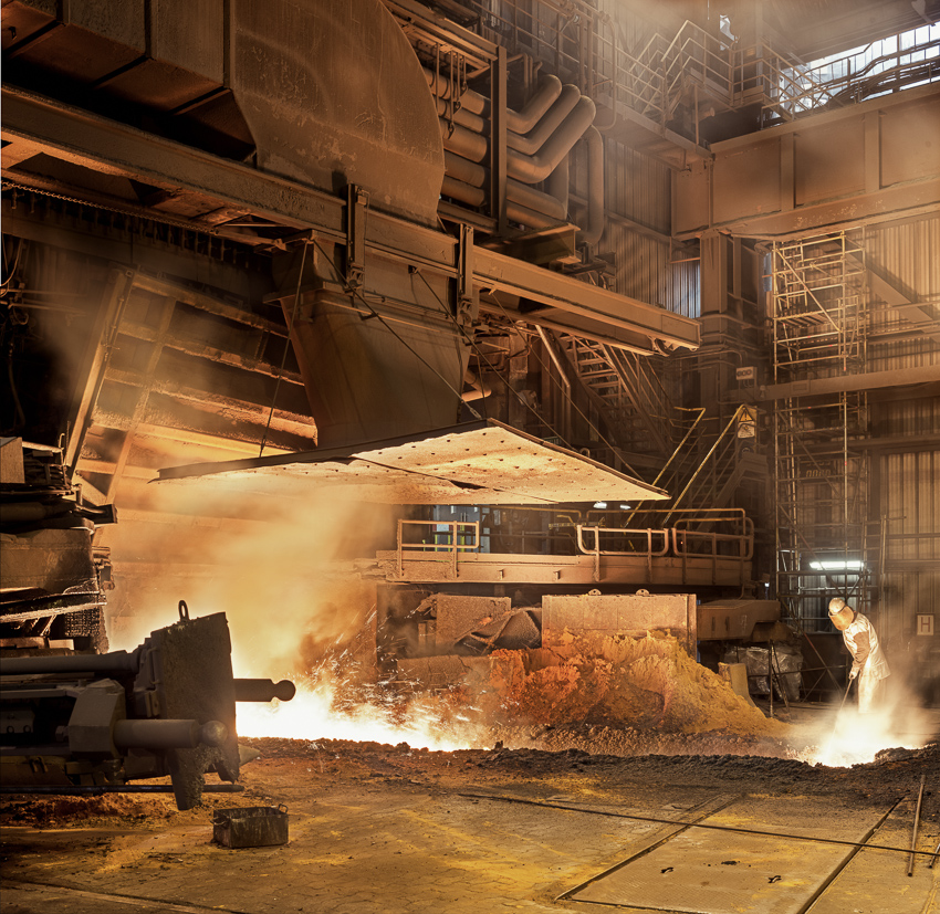 Sidmar Gent, tapping the blast furnace