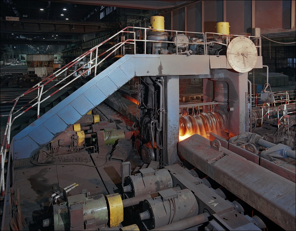 Billet rolling mill , blooming stand