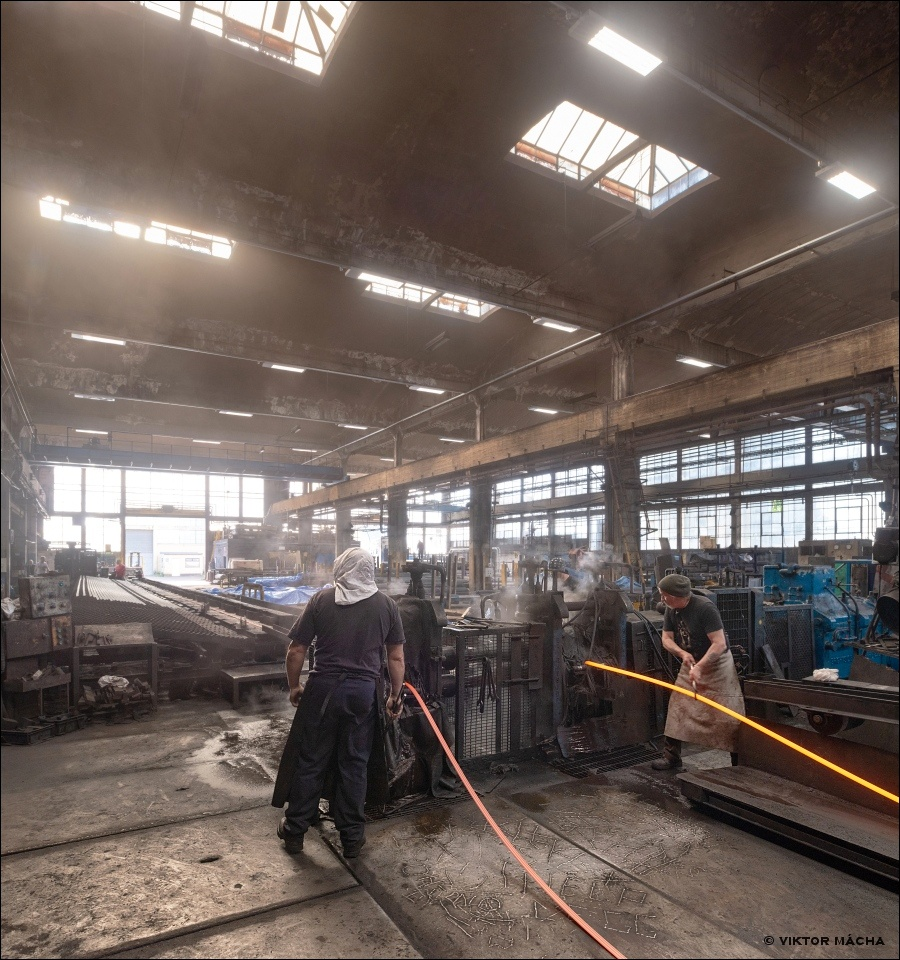 Special Steel Sections, hand rolling