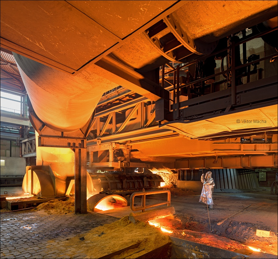 ThyssenKrupp Bruckhausen, work at the blast furnace no.8