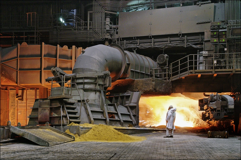 ThyssenKrupp Schwelgern, tapping the blast furnace no.1