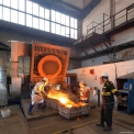 Feramo foundry, work at the induction furnace