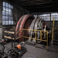 Tube rolling mill, engine drive